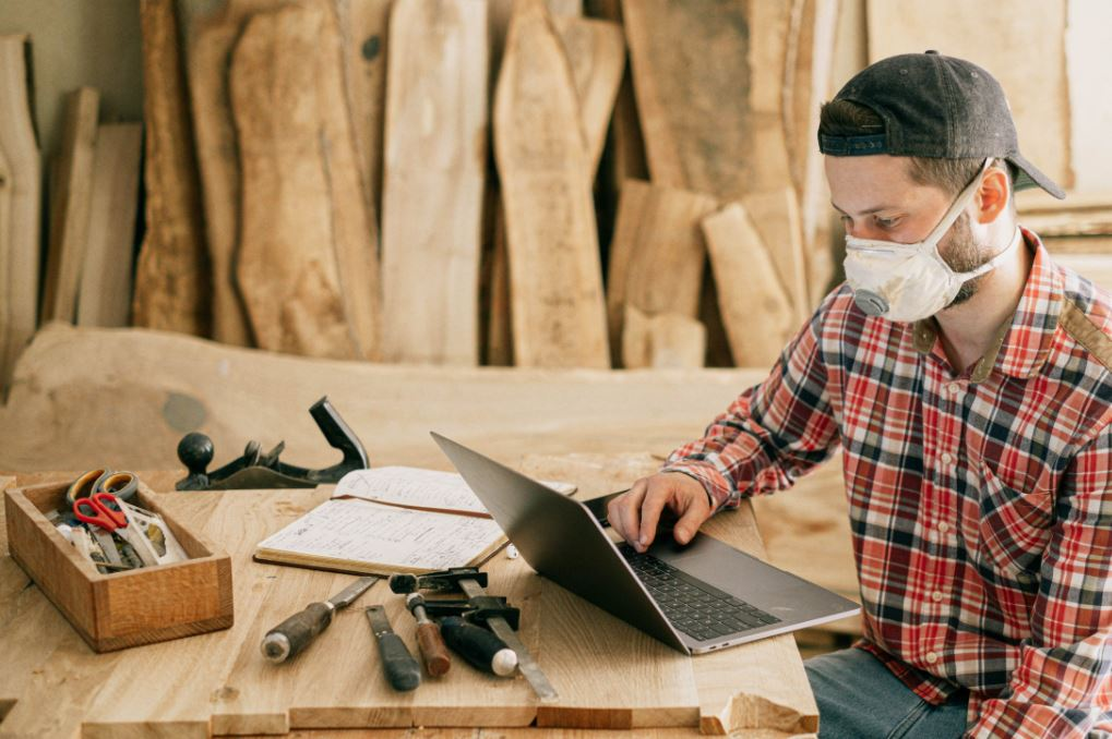 6 reasons small businesses need to get online